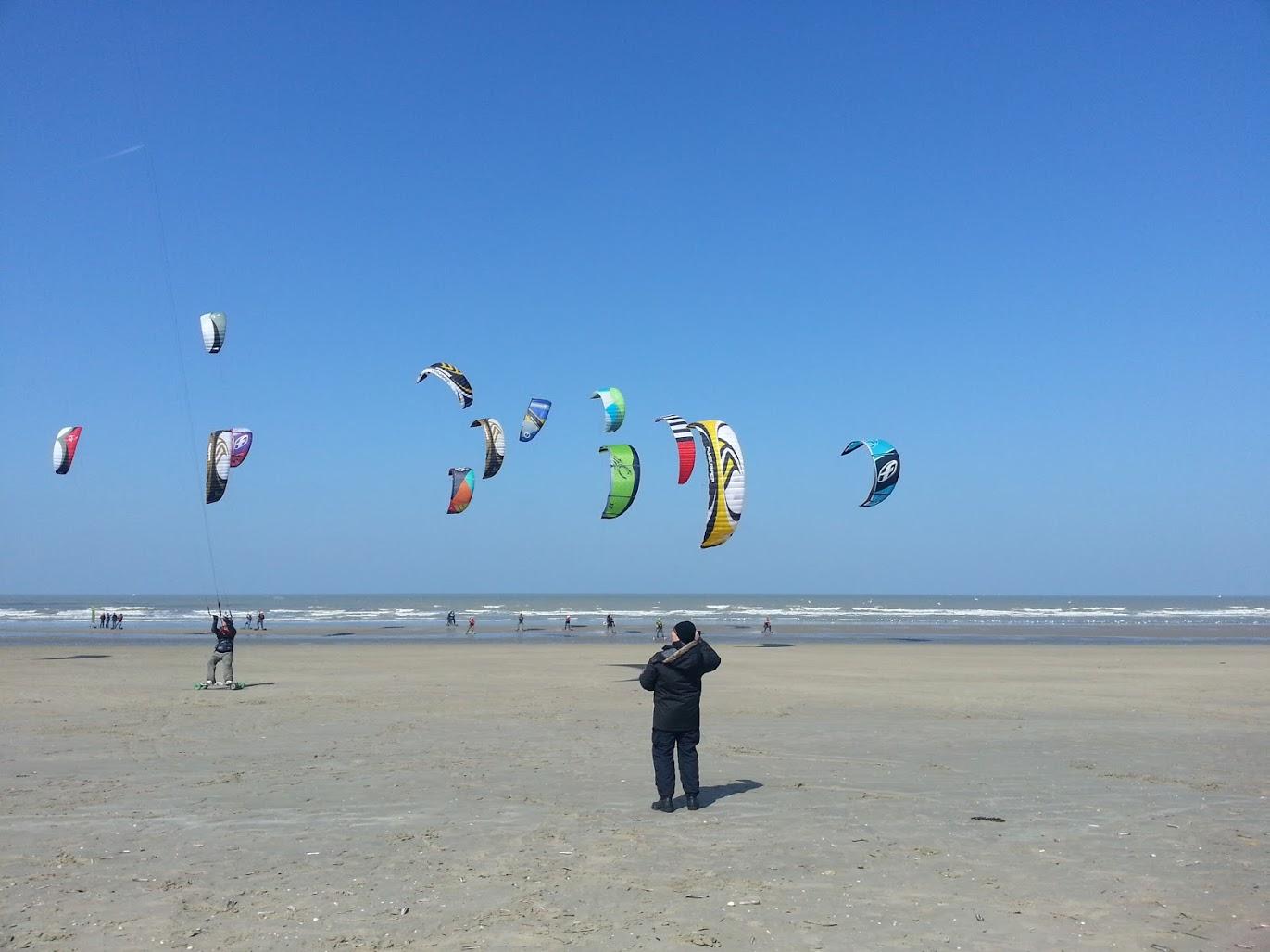 http://dfc-kiteboarding.fr/wp-content/uploads/2013/04/20130406_142128.jpg